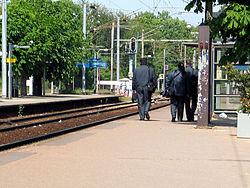 Contrôleurs, sur la ligne Paris-Pontoise, à la gare de Cormeilles-en-Parisis.