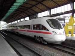 Rame ICE en gare de Bonn.