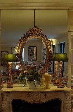 Miroirs du château de Nans-les-Pins