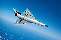 Convair F-106 Delta Dart montrant son aile delta