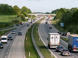 Route transeuropéenne E20 (ici au Danemark), très circulante et facteur de fragmentation écopaysagère