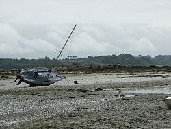 Estran à marée basse dans les Côtes-d'Armor, en France.