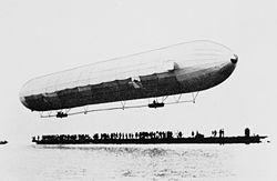 Le premier vol d'un Zeppelin