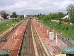 Quais de la gare de Cesson