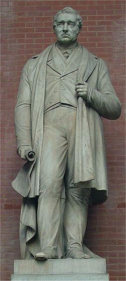 Statue de George Stephenson au National Railway Museum, York (Royaume-Uni)