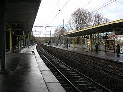 La gare côté voies.