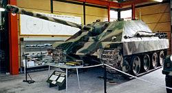 Le Jagdpanther, un chasseur de char allemand de la fin de la deuxième guerre mondiale.