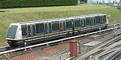Une rame VAL 208 du métro de Lille.