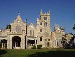 Alexander Jackson Davis, Lyndhurst à Tarrytown, état de New York, résidence néogothique, 1864–1865