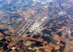 Vue aérienne de Lyon St. Exupéry