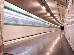 Station de métro Église d'Auteuil 08/01/2004