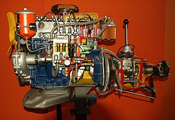 Maquette scolaire d'un moteur Diesel