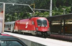 Locomotive Siemens, avec l'ancien logo de la ÖBB