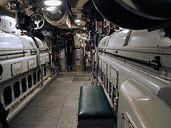 Les deux moteurs Diesel du USS Pampanito, sous-marin américain de la Seconde Guerre mondiale