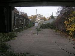 Le quai abandonné de la ligne d'Auteuil.