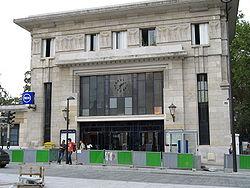 Façade de la gare de Cité universitaire, septembre 2006