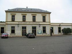 La gare de Saint-Rémy-lès-Chevreuse vue de l'extérieur