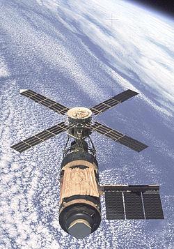 Vue de Skylab en orbite