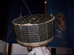 Réplique du TIROS-1 au National Air and Space Museum de Washington