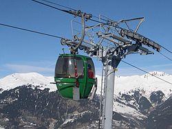 Télécabine à Courchevel, Savoie, France