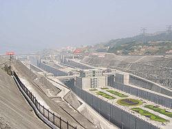 Vue des écluses du barrage des Trois Gorges