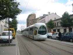 Tramway de Lyon (Avenue Berthelot)