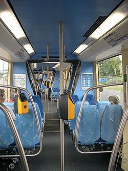 Tramway sur pneus de Caen: intérieur.