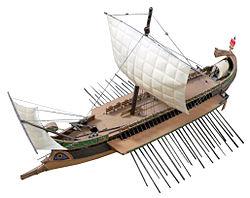 Maquette de birème romaine