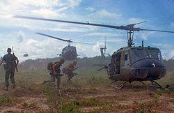 UH-1D au Viet Nam (1966)