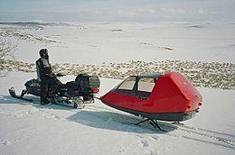 Berger de rennes en motoneige (Source Altapulken.no)