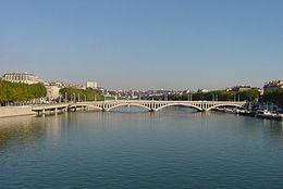 Le Rhône à Lyon sous le pont Wilson
