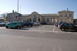 La façade de la gare