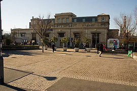Gare de Saint-Denis 1.jpg