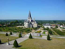 Exterieur jardins Saint Georges Boscherville.jpg