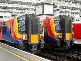Deux rames Desiro en gare de Waterloo à Londres