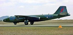 English-Electric-Canberra-l.jpg