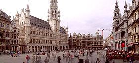 La Grand-Place, vue du sud-est.