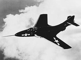 Grumman F9F-6 in flight 1952.JPG