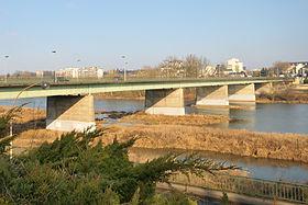Orléans pont du Maréchal Joffre 3.jpg