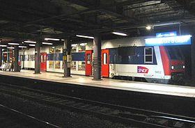Une rame Z 5600 du RER C à la gare du Musée d'Orsay