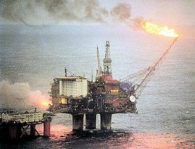 Une plate-forme pétrolière de StatOilHydro dans la mer du Nord.