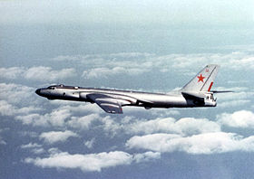 Tu-16 Badger E.jpg
