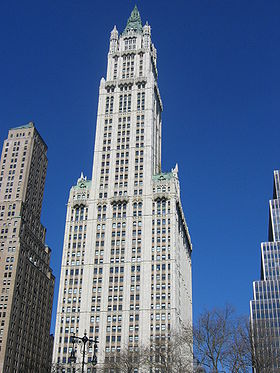 Cass Gilbert, Woolworth Building, 1913, New York, style néogothique