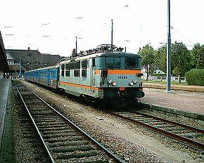 La BB 16698 en gare de Trouville-Deauville.