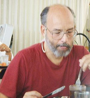 Adi Shamir à la conférence CRYPTO 2003.