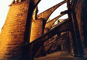 Arc boutant d finition et explications for Architecture gothique definition