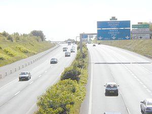 Autoroute A10, desservant le sud-ouest de la France au départ de Paris