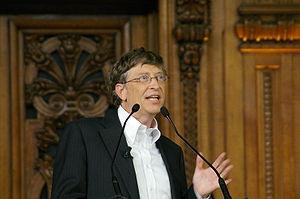 Bill Gates intervenant dans une conférence à l'université de la Sorbonne à Paris en 2008.