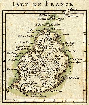 Située entre la Réunion et Rodrigues, relativement plane, l'île Maurice est l'île qui a le plus intéressé les colonisateurs.