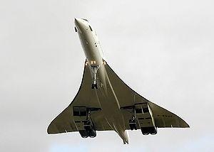 Dernier vol: atterrissage à Filton, 26 novembre 2003